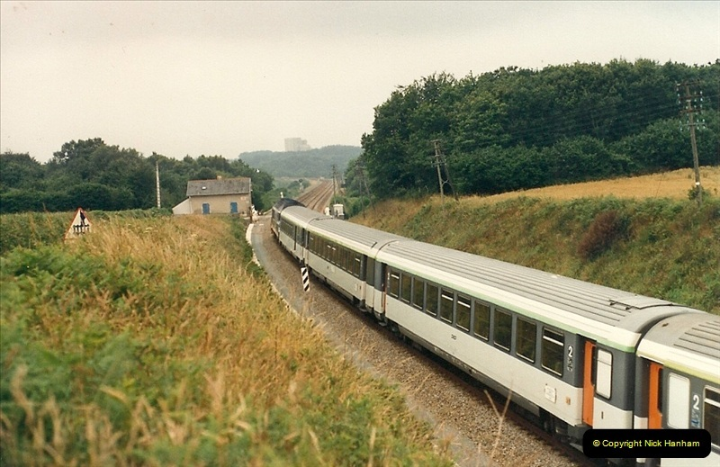 1987-07-15 to 25 SNCF mostly in the Morlaix area (55)223