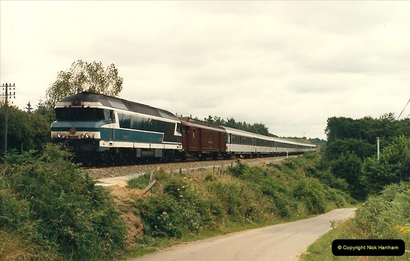 1987-07-15 to 25 SNCF mostly in the Morlaix area (59)227