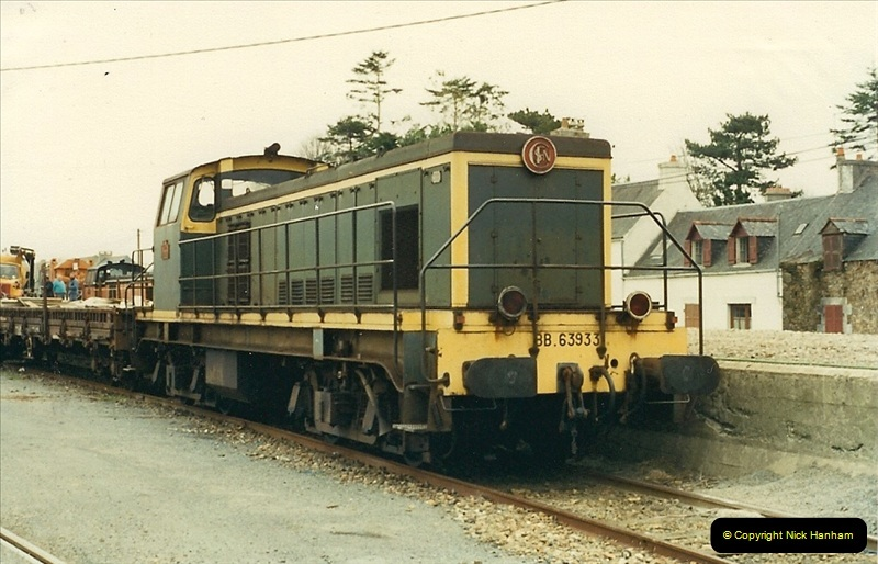 1988- 10- 10 to 20 Morlaix area & the wires going up. Rennes to Brest project.  (1)237