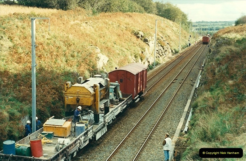 1988- 10- 10 to 20 Morlaix area & the wires going up. Rennes to Brest project.  (10)246