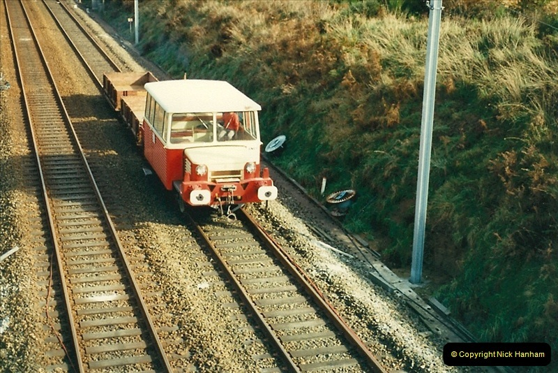 1988- 10- 10 to 20 Morlaix area & the wires going up. Rennes to Brest project.  (23)259