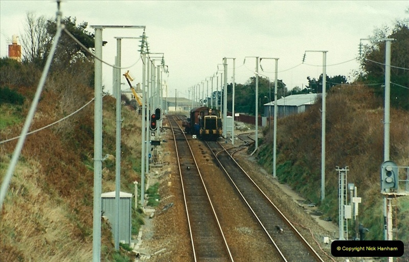 1988- 10- 10 to 20 Morlaix area & the wires going up. Rennes to Brest project.  (26)262