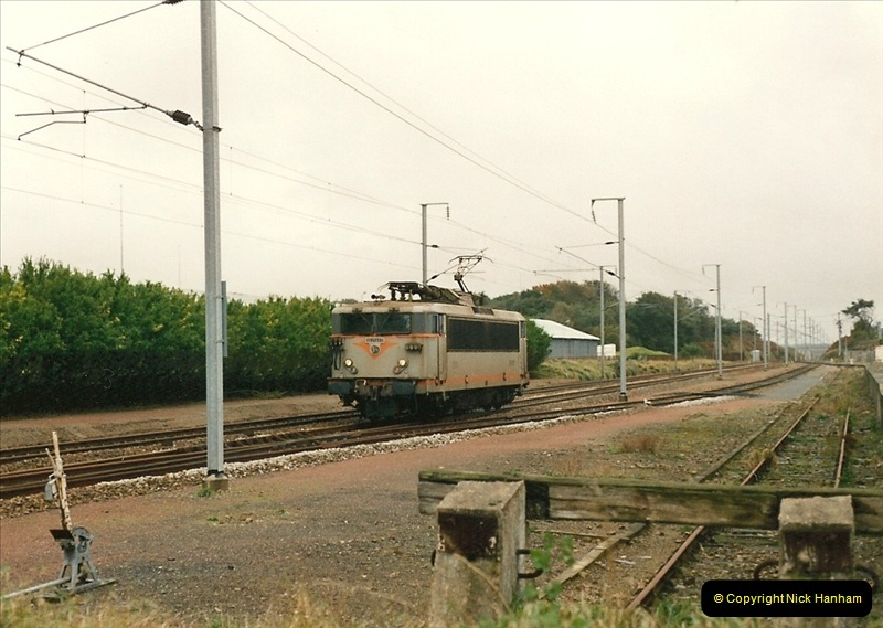 1991-11-01 to 02 St. Thegonnec near Morlaix, France.  (5)393
