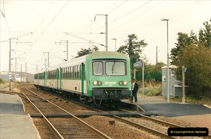 1991-11-01 to 02 St. Thegonnec near Morlaix, France.  (12)400
