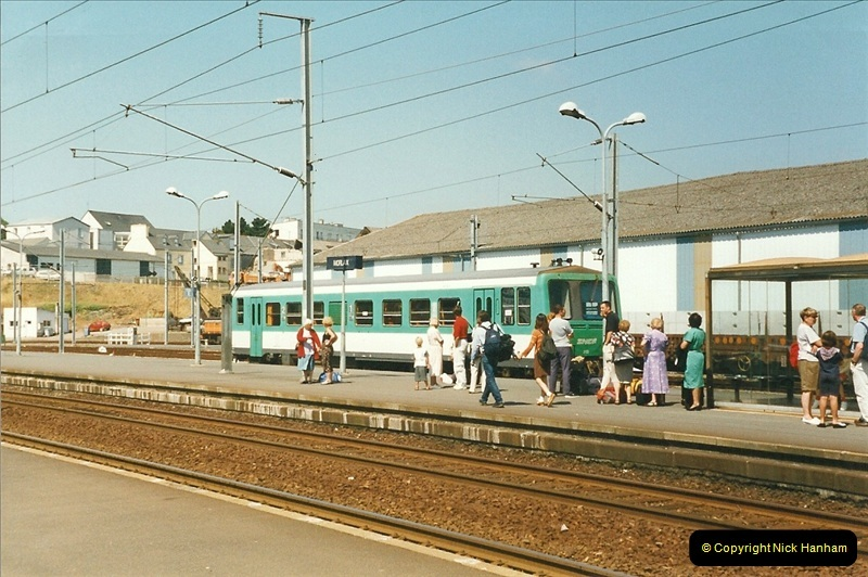 1999-07-09 to 11 The Morlaix area of Brittany, France.  (4)324