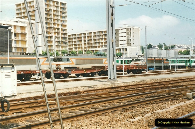 1999-07-13 Your Host is treated to a special guided tour of Brest station.  (4)447