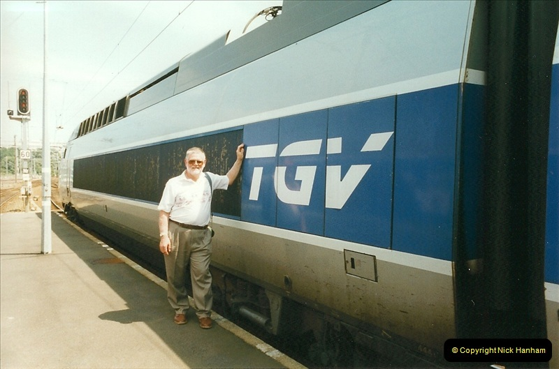 1999-07-13 Your Host is treated to a special guided tour of Brest station.  (21)464