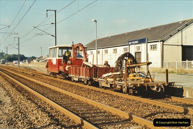 2001-09-24 to 29 Morlaix area France.  (3)684