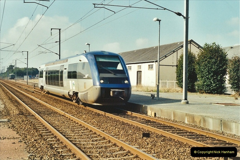 2001-09-24 to 29 Morlaix area France.  (12)693