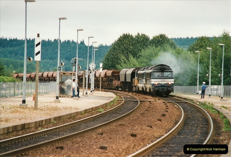 2002-07-22 to 29 Brionne area, France.  (29)753