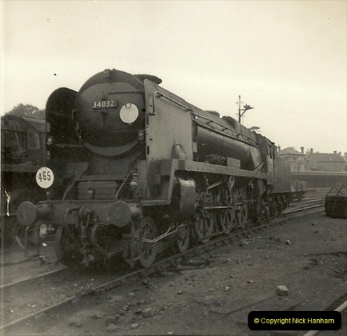 1955 to 1959 British Railways in Black & White. Local Bournemouth & Poole. (27)027