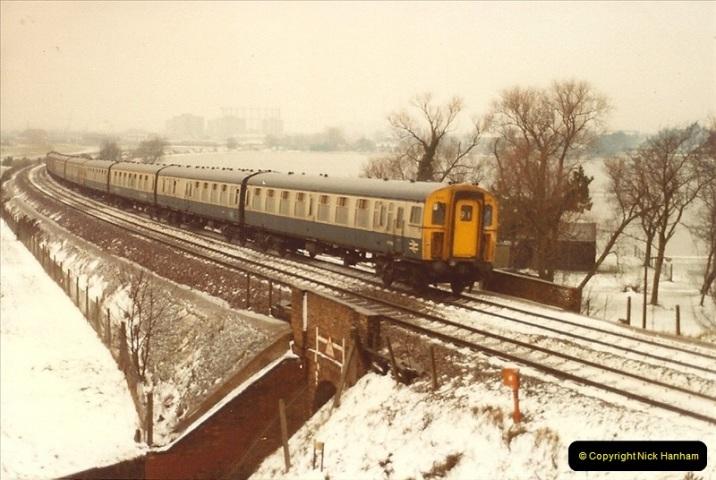 1982-01-11 to 15 Parkstone, Poole, Dorset.   (5)137