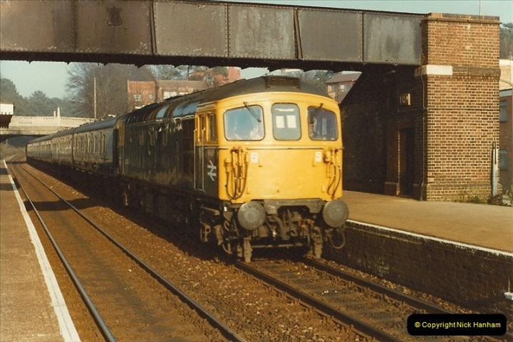 1982-03-25 Parkstone, Poole, dorset.  (3)144