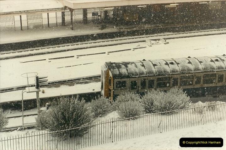 1985-01-17 Bournemouth, Dorset.  (1)194