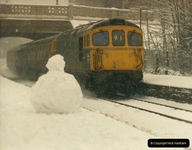 1985-01-18 Parkstone, Poole, Dorset.  (7)202