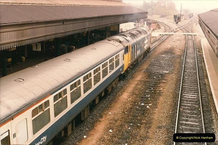 1985-11-23 Exeter St. Davids.  (7)232