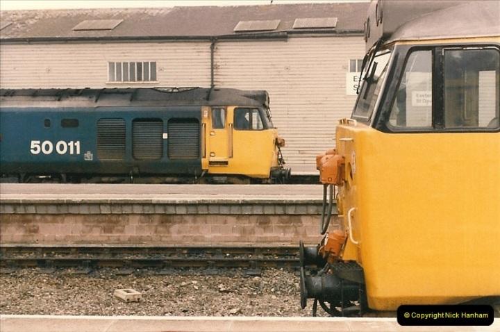 1985-11-23 Exeter St. Davids.  (11)236