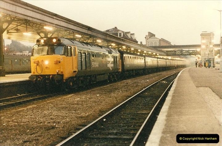 1985-11-23 Exeter St. Davids.  (27)249