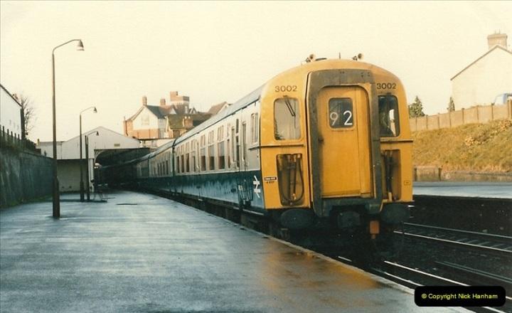1985-12-07 Branksome, Poole, Dorset.  (18)288