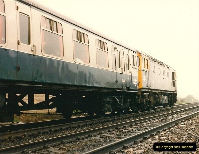 1986-05-17 Parkstone, Poole, Dorset.  (8)0163