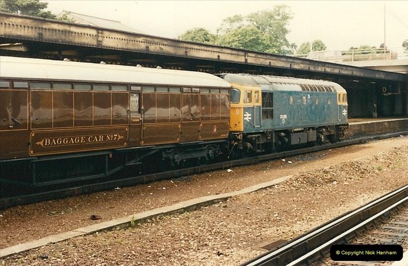 1986-07-05 Bournemouth, Dorset.   (3)0211