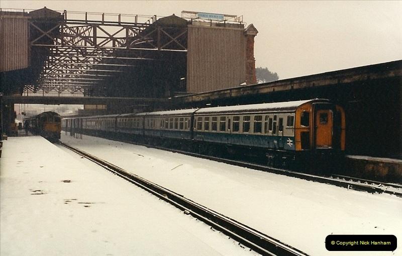 1987-01-14 to 17 Bournemouth, Dorset.  (8)0242