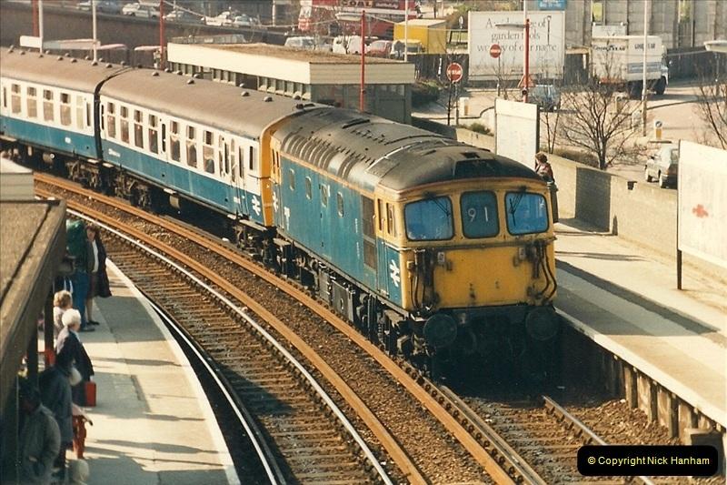 1987-04-13 Poole, Dorset.  (3)0271