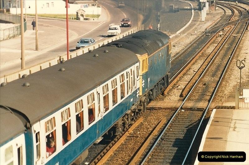 1987-04-13 Poole, Dorset.  (4)0272