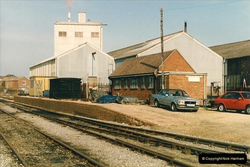 1987-04-14 Hamworthy, Poole, Dorset.  (1)0285