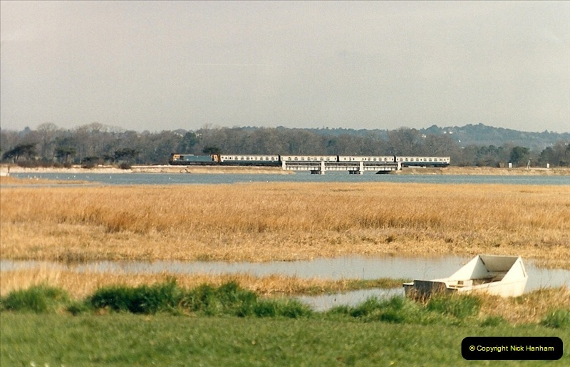1987-04-14 Hamworthy, Poole, Dorset.  (11)0295