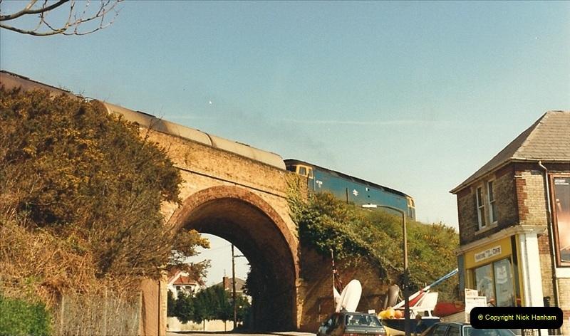 1987-04-20 Parkstone, Poole, Dorset.  (9)0308
