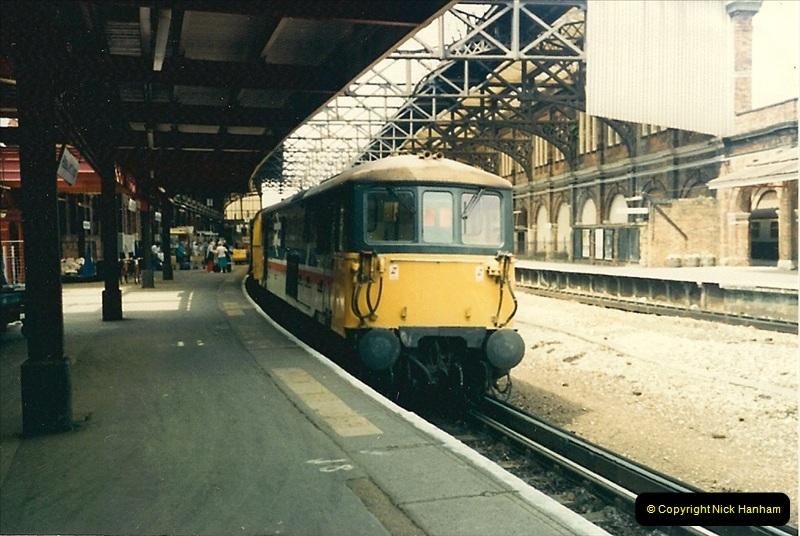 1987-06-06 Bournemouth, Dorset.  (8)0330