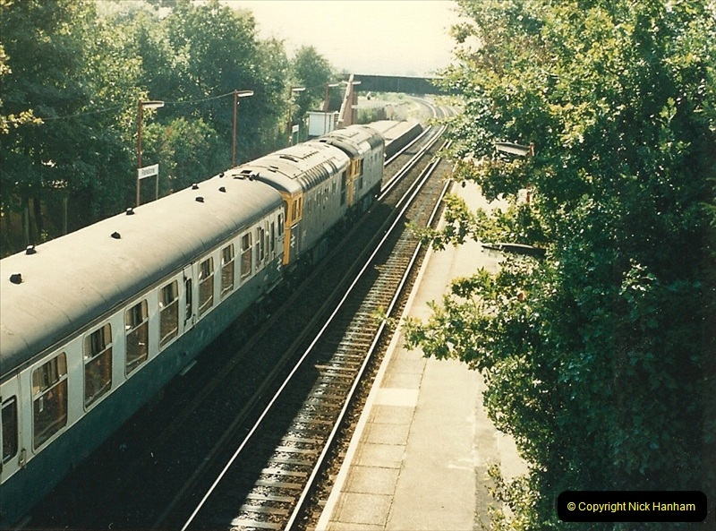 1987-10-20 Parkstone, Poole, Dorset.   (1)0382