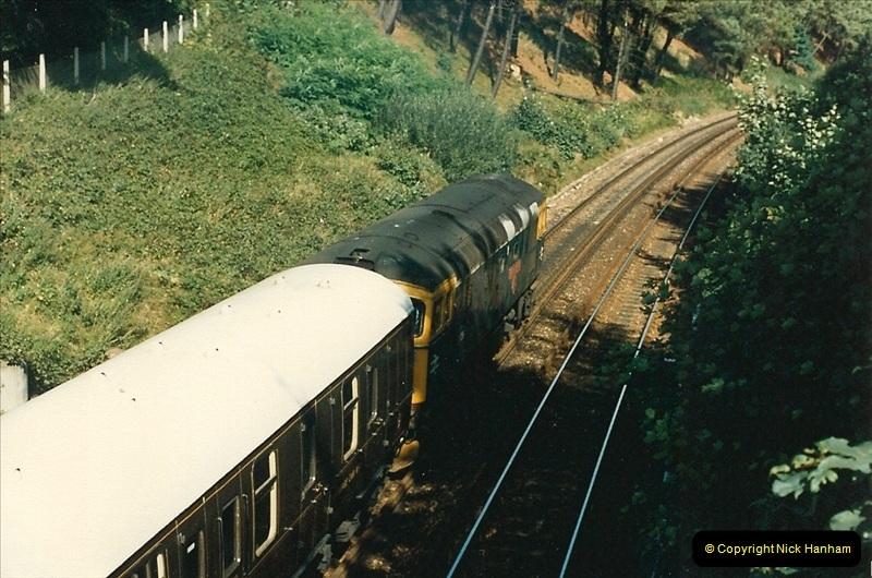1987-10-29 Parkstone, Poole, Dorset.  (2)0396