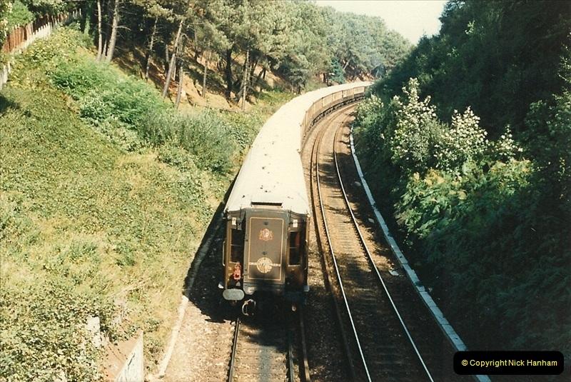 1987-10-29 Parkstone, Poole, Dorset.  (4)0398