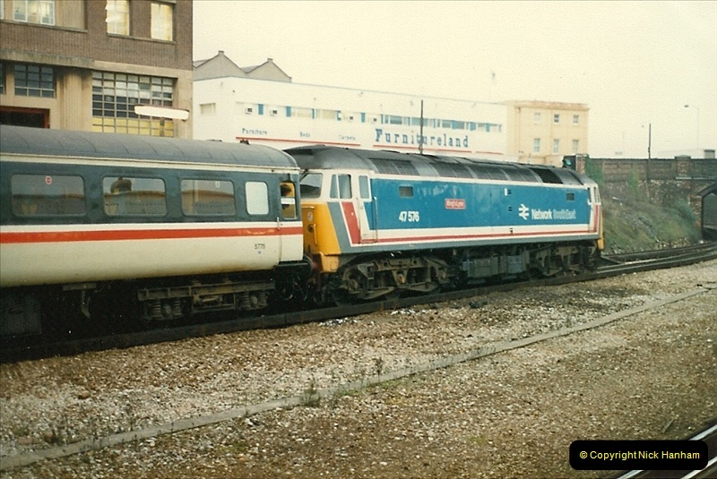 1987-11-01 Bournemouth, Dorset.  (26)0427