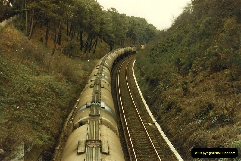 1987-12-28 Class 47 failure rescued by Class 33. Parkstone, Poole, Dorset.  (2)0440