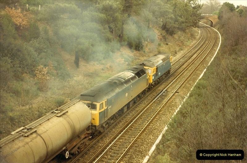 1987-12-28 Class 47 failure rescued by Class 33. Parkstone, Poole, Dorset.  (5)0443