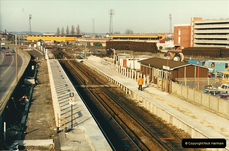 1988-02-15 The New Poole station takes shape.  (2)0461