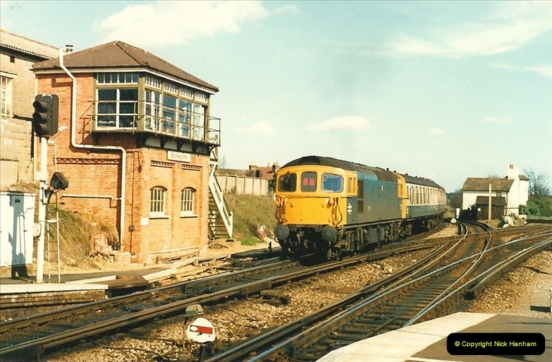 1988-03-25 Arrivals for Bournemouth Depot open day. Branksome, Poole, Dorset.  (2)0506
