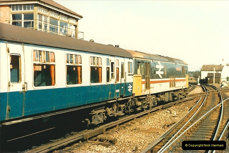 1988-03-25 Arrivals for Bournemouth Depot open day. Branksome, Poole, Dorset.  (6)0510