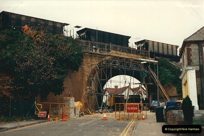 1988-12-14 Repair work to site of accident @ Parkstone, Dorset.  (1)0692