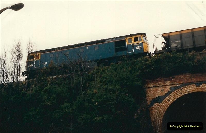 1988-12-14 Repair work to site of accident @ Parkstone, Dorset.  (3)0694