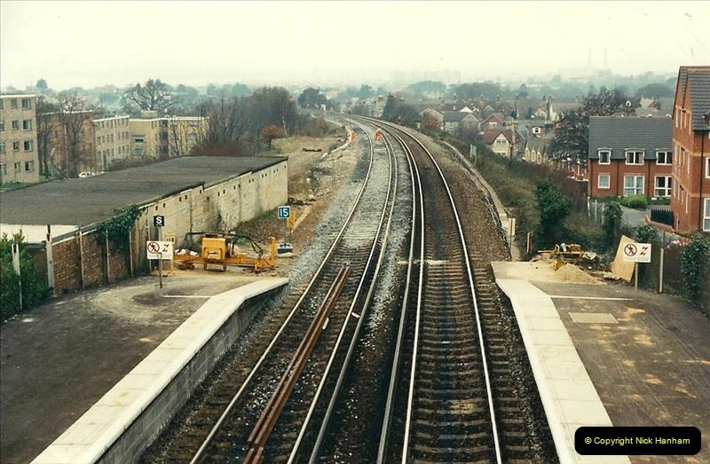 1988-12-14 Repair work to site of accident @ Parkstone, Dorset.  (8)0699