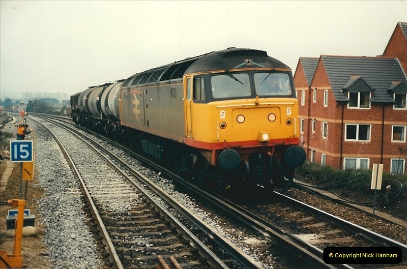 1988-12-14 Repair work to site of accident @ Parkstone, Dorset.  (17)0708