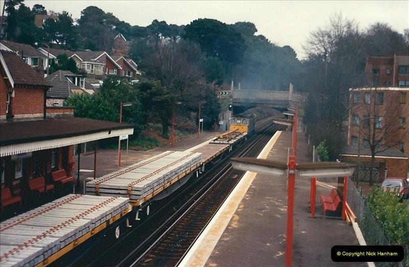 1988-12-15 Repair work @ Parkstone, Dorset.  (2)0710