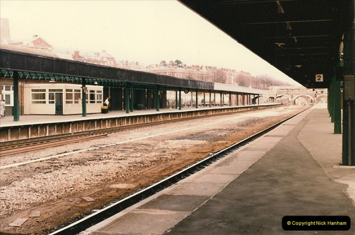 1986-03-23 Exeter Central.  (4)0117