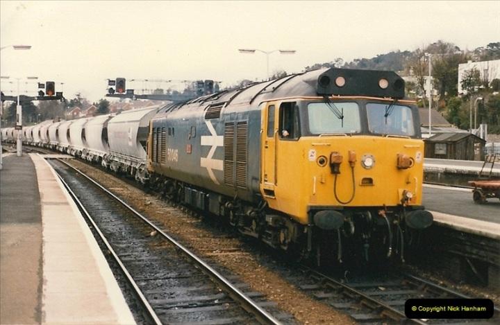 1986-04-28 Exeter St. Davids, Exeter, Devon.  (3)0163