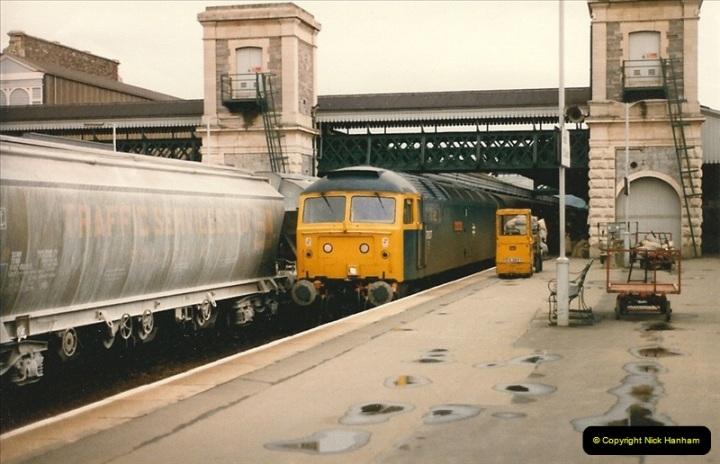 1986-04-28 Exeter St. Davids, Exeter, Devon.  (5)0165
