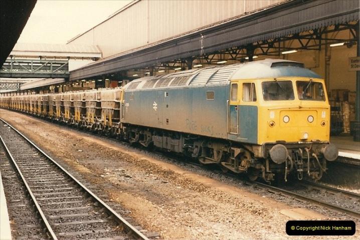 1986-04-28 Exeter St. Davids, Exeter, Devon.  (7)0167